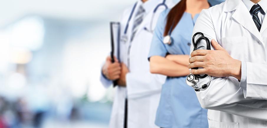 medicos-especialistas-em-transplante-capilar